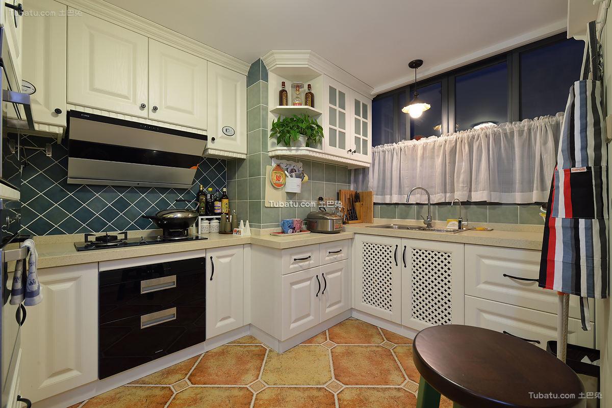 美式室内厨房装饰效果图片