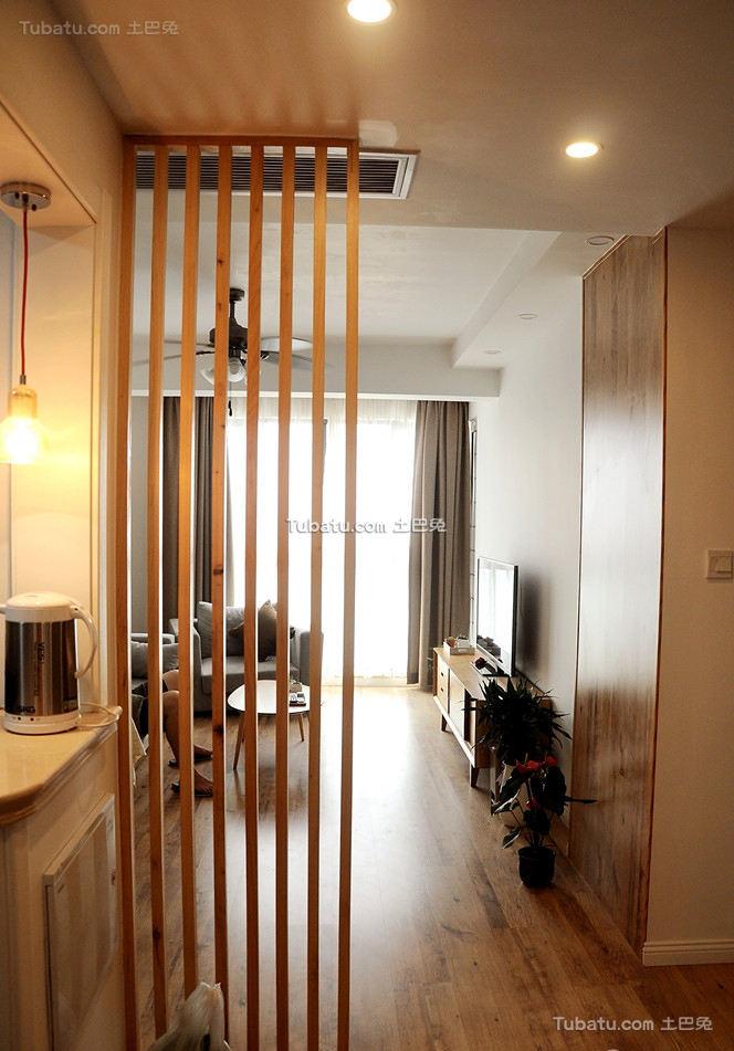 日式风格小户型室内隔断设计图片