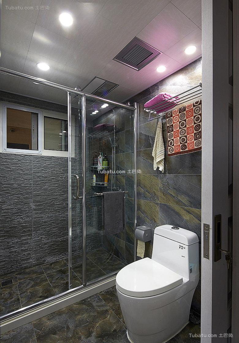 美式风格现代卫生间设计装修效果图片