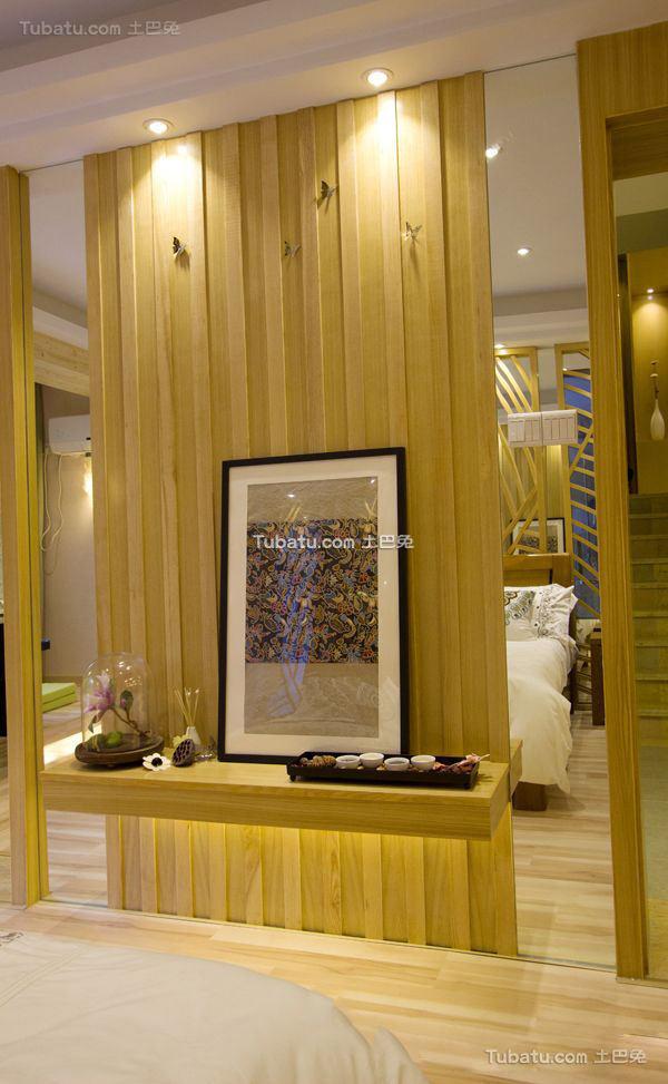 东南亚设计卧室隔断效果图