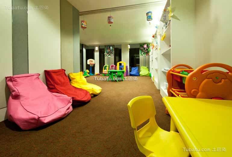 酒店设计室内儿童区装饰效果图欣赏