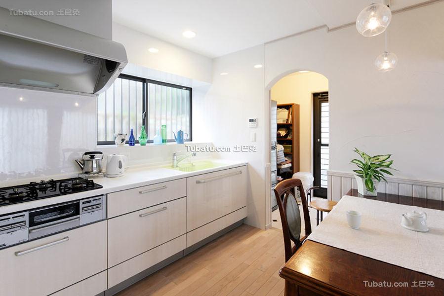 时尚日式装潢设计厨房