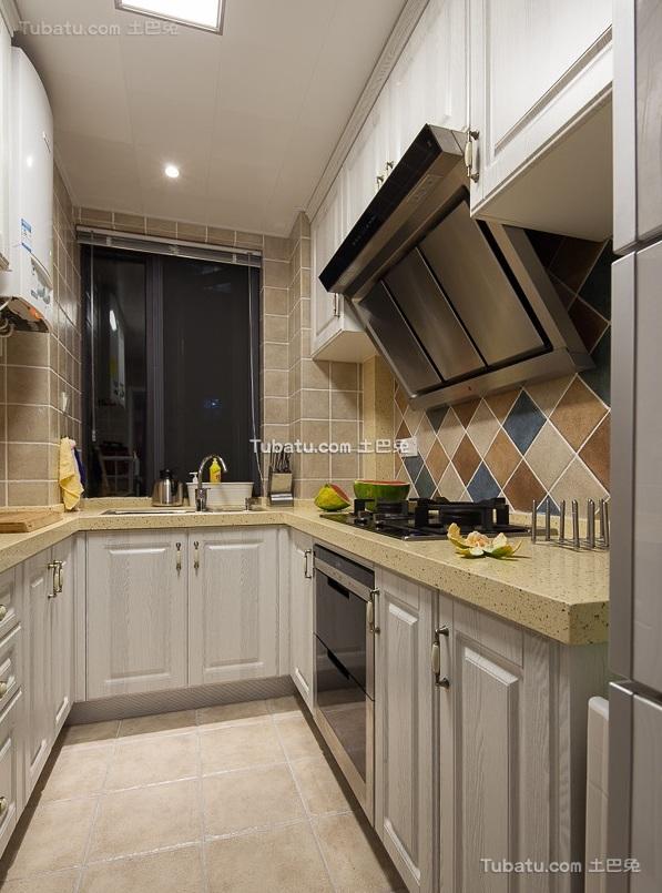 美式风格厨房家装设计室内效果图片