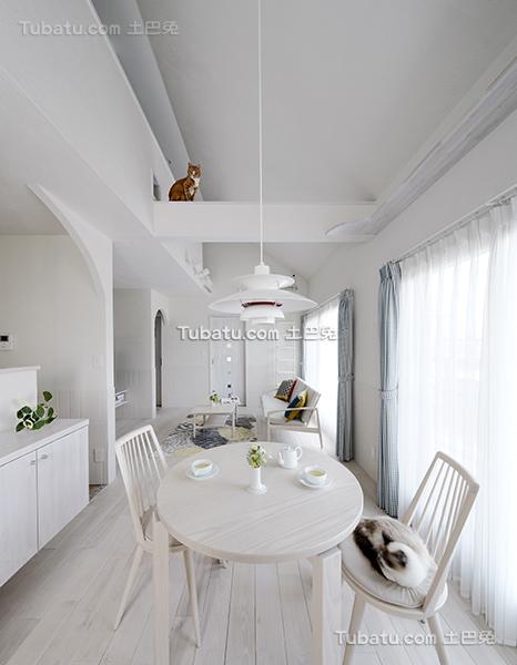纯白简约北欧风格餐厅设计
