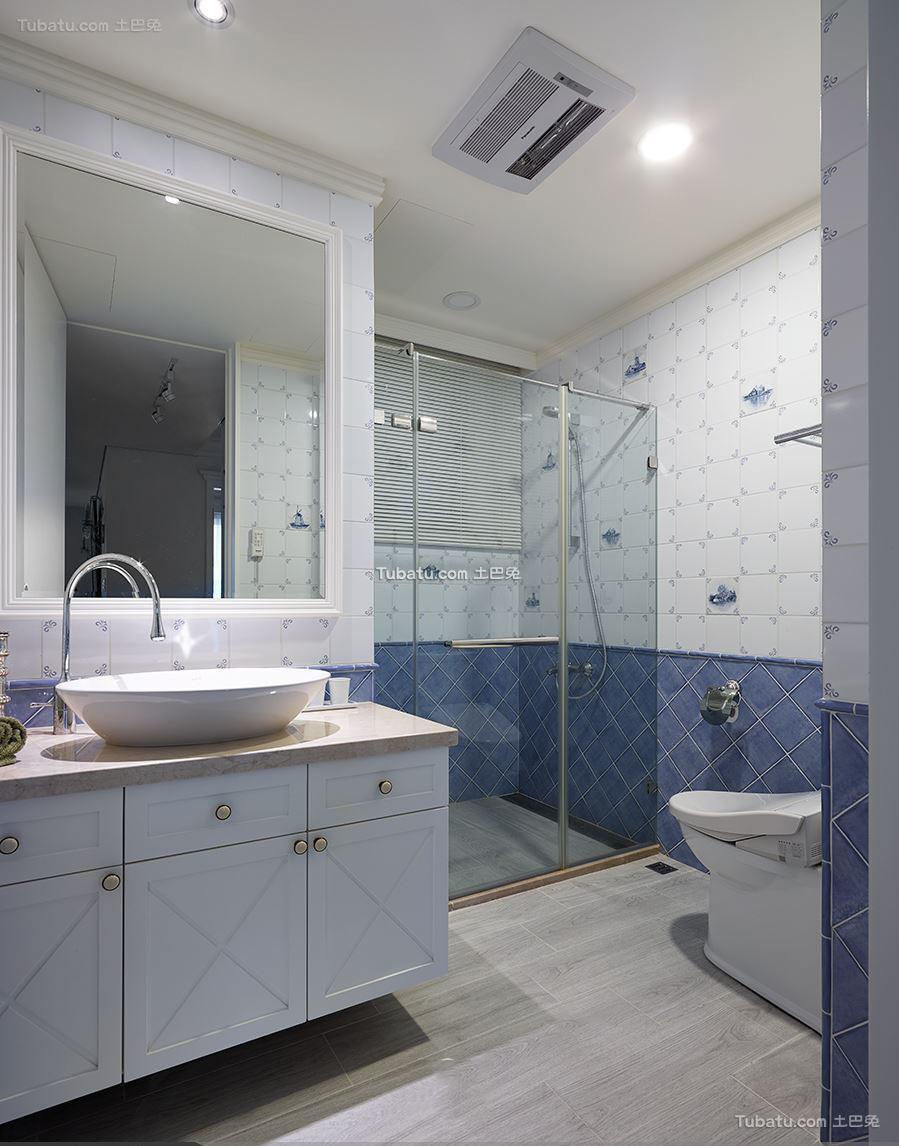 美式设计3平米卫生间欣赏