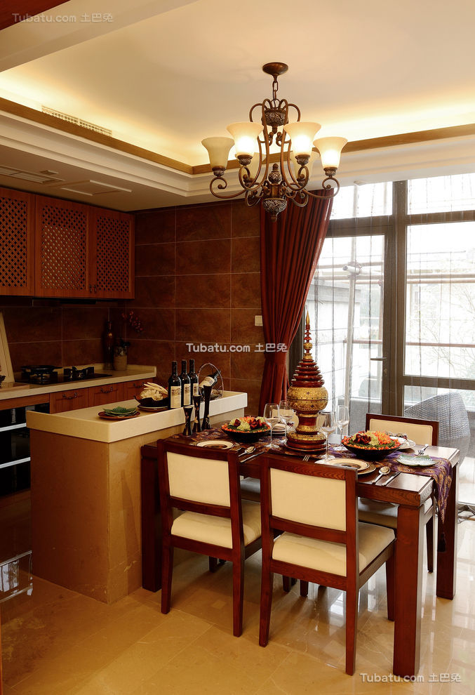 东南亚风格设计家居餐厅装饰效果图