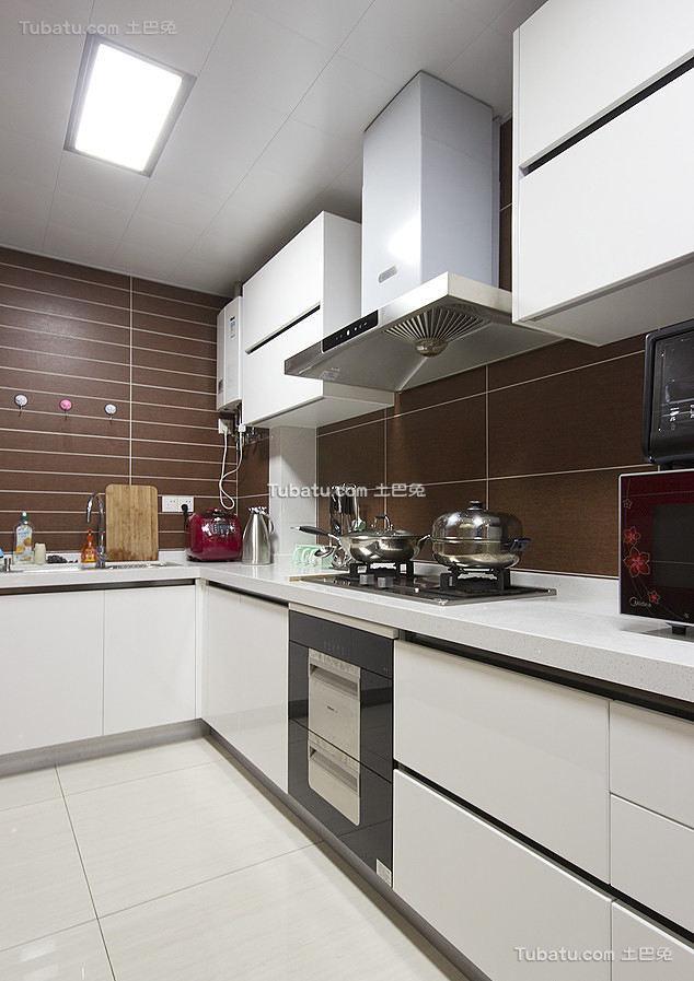 美式简约装饰厨房设计室内效果图