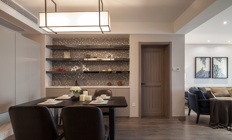 现代设计餐厅室内装饰效果图片