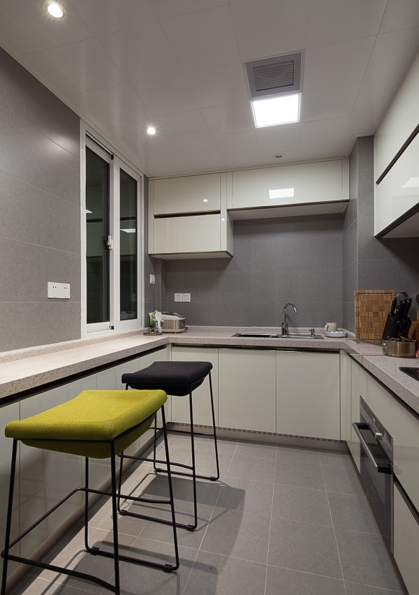 现代厨房设计装饰效果图片