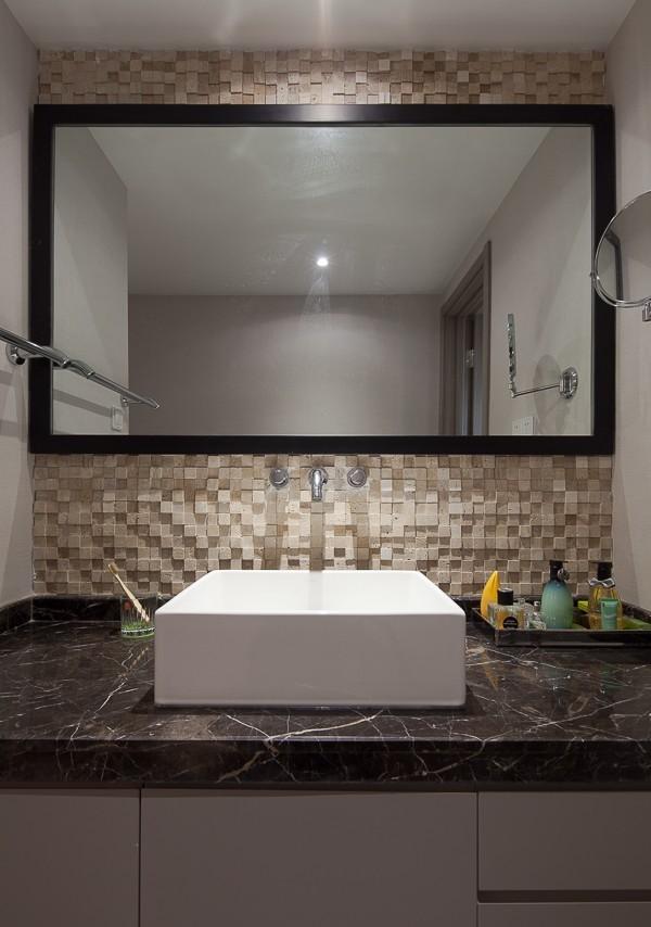 现代洗手间室内装饰效果图片