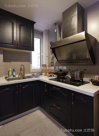 现代暗色调厨房设计