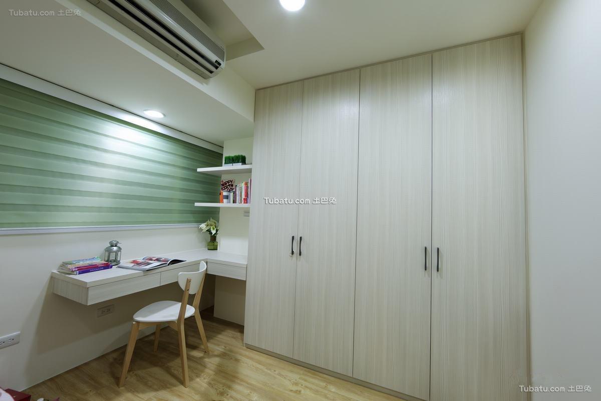 日式简约衣柜设计装修图片