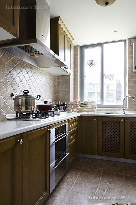 美式田园设计厨房橱柜欣赏