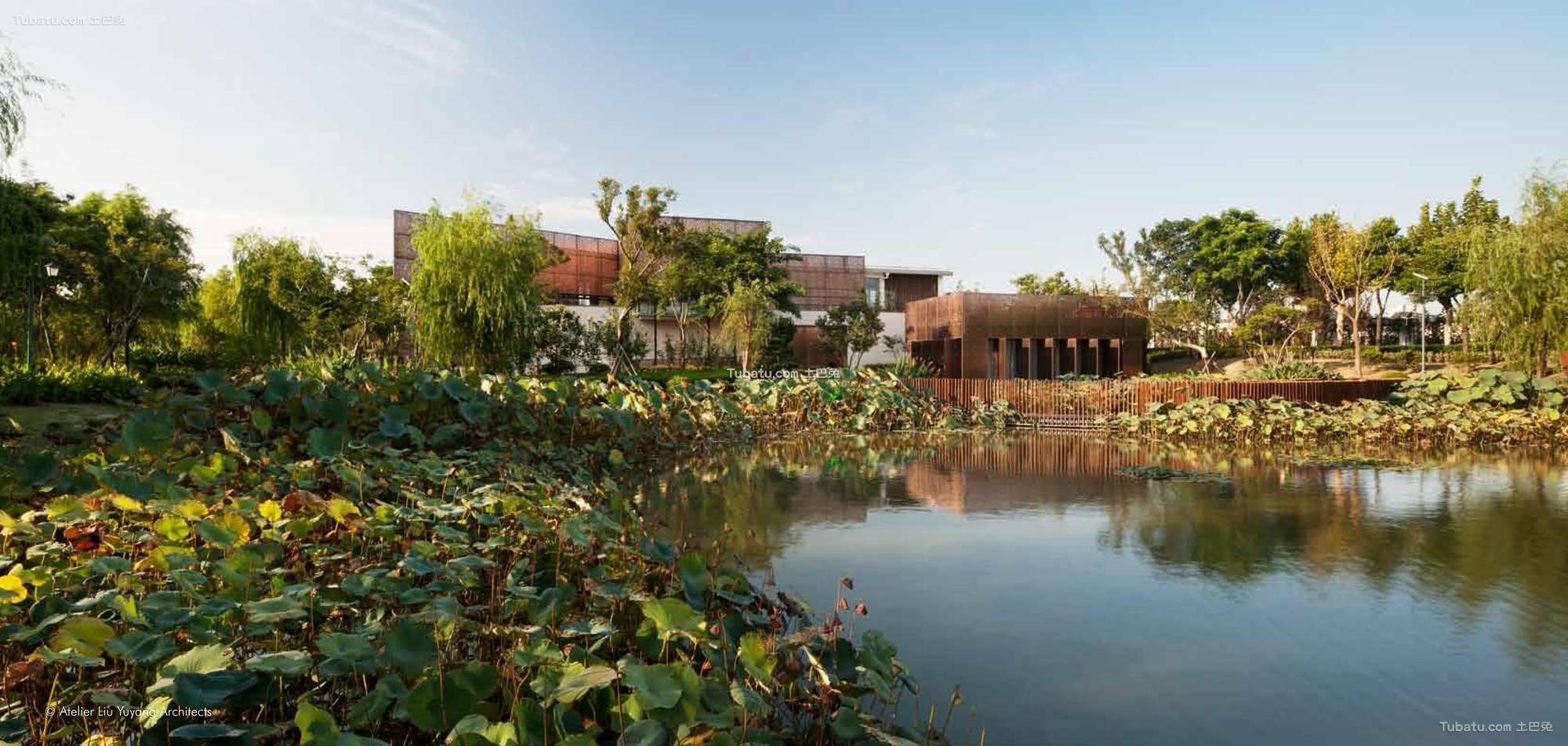 现代公园池塘设计图片