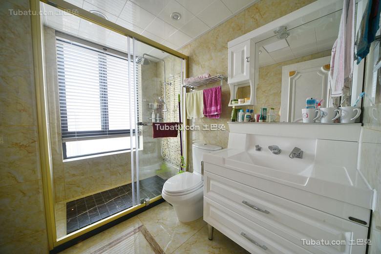 8平米现代卫生间装修设计