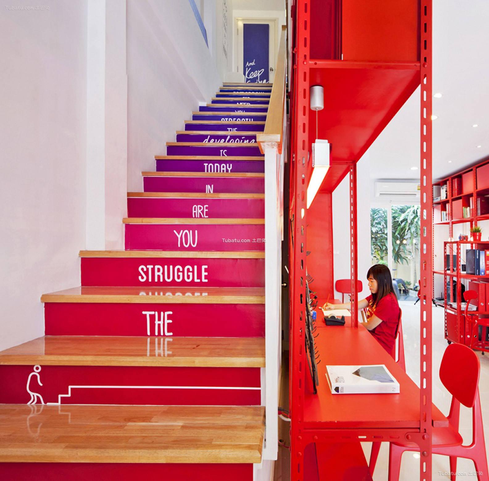 办公室室内楼梯装饰图片