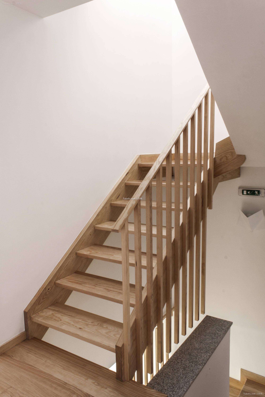 酒店设计室内楼梯装修效果图
