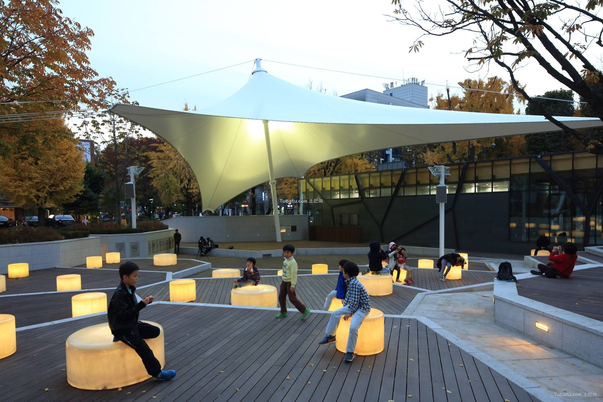 最新现代公园设计图片欣赏