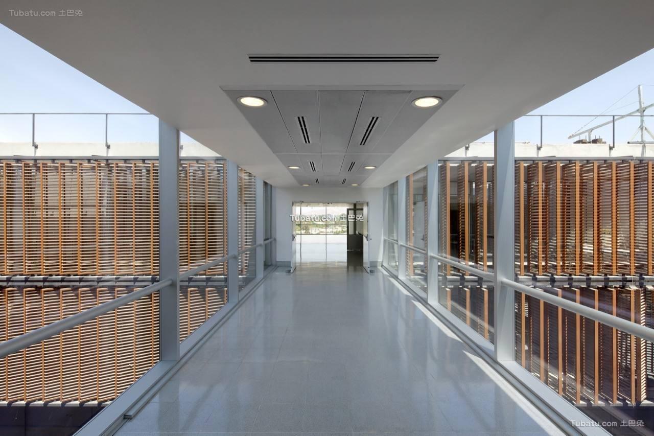 医院设计过道装饰室内效果图