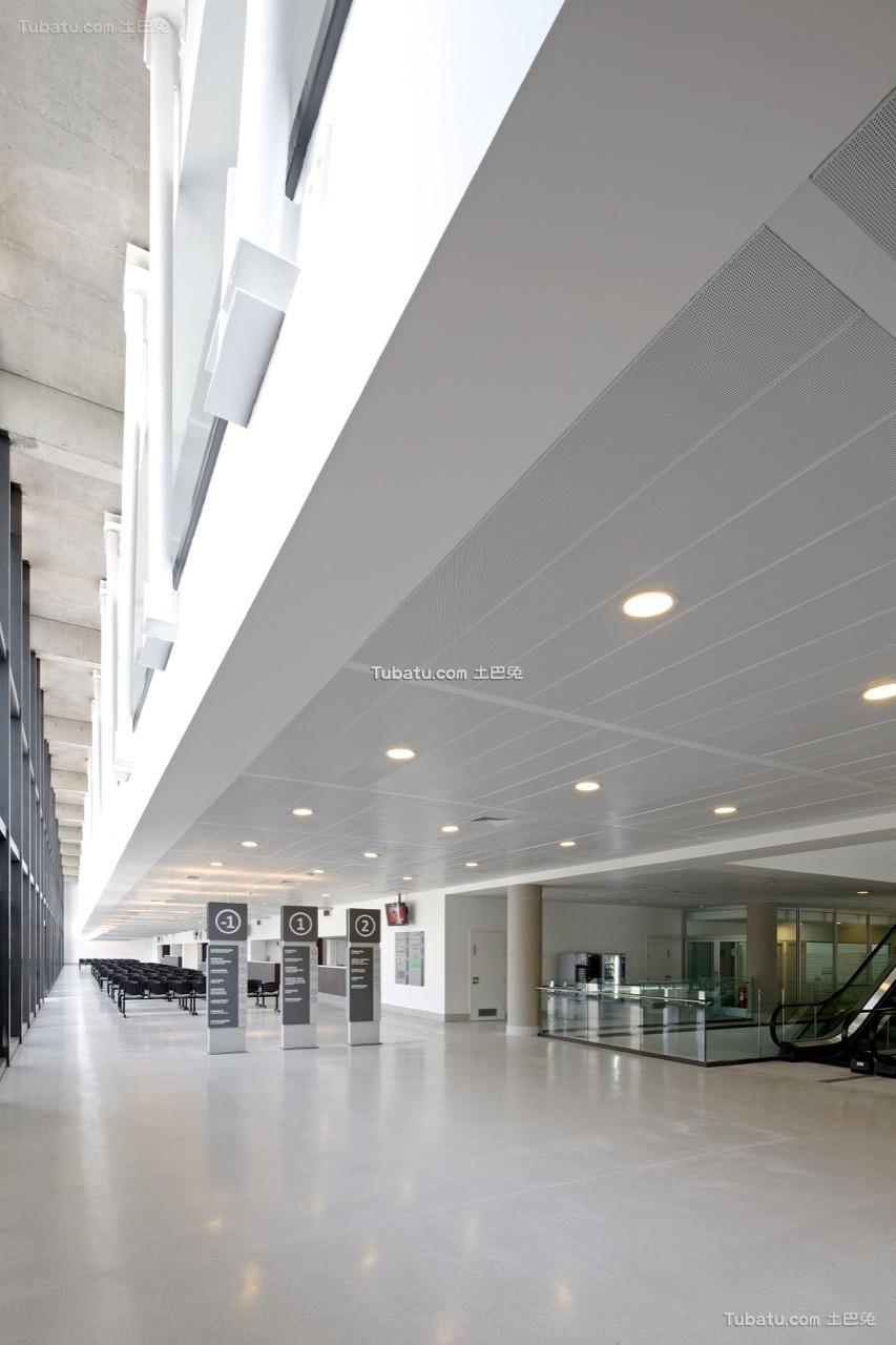 医院设计大厅装饰室内效果图