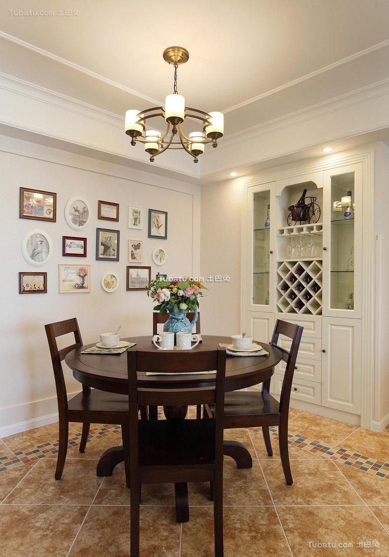 美式风格室内餐厅装修设计效果图