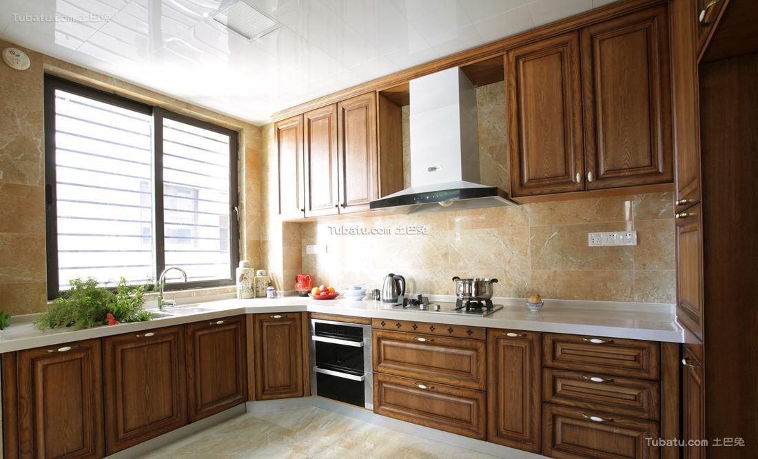 欧式古典风格厨房装饰效果图