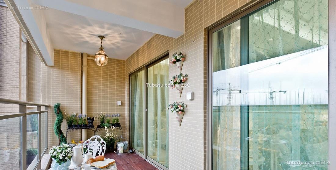 现代家居阳台软装效果图