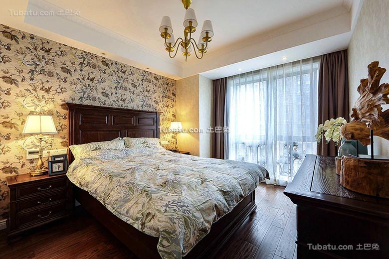 碎花美式卧室装饰装潢