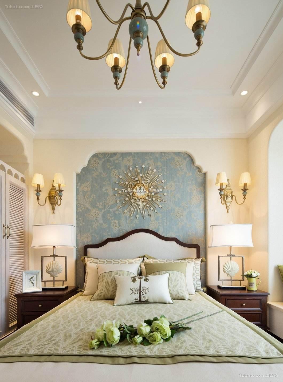 休闲贵气美式卧室布置