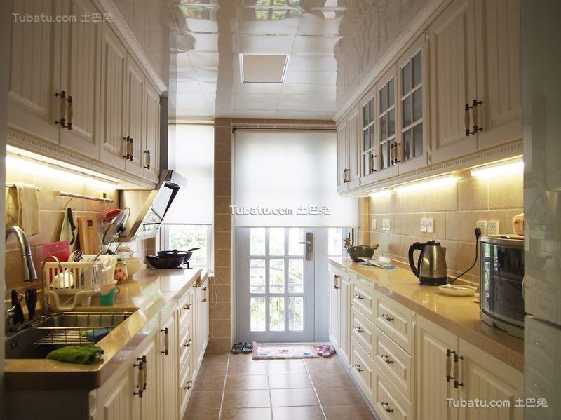 美式小户型设计厨房家装效果图