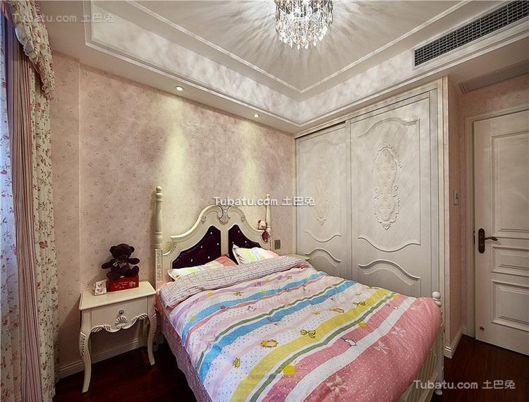 欧式甜美儿童房间装修