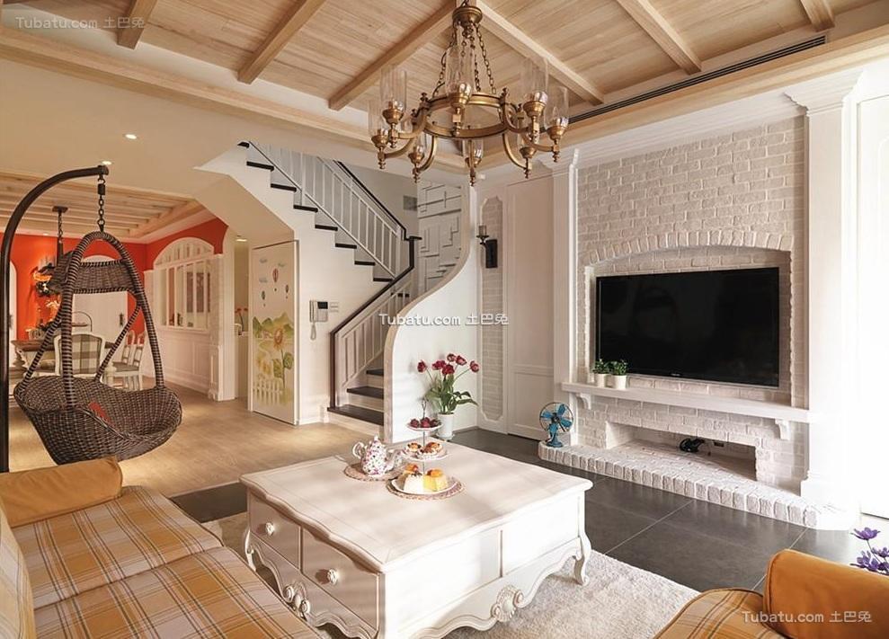 简欧复式家居电视背景墙装饰效果图片