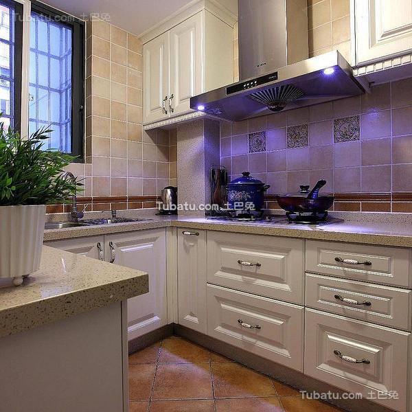 4平简美式厨房设计案例