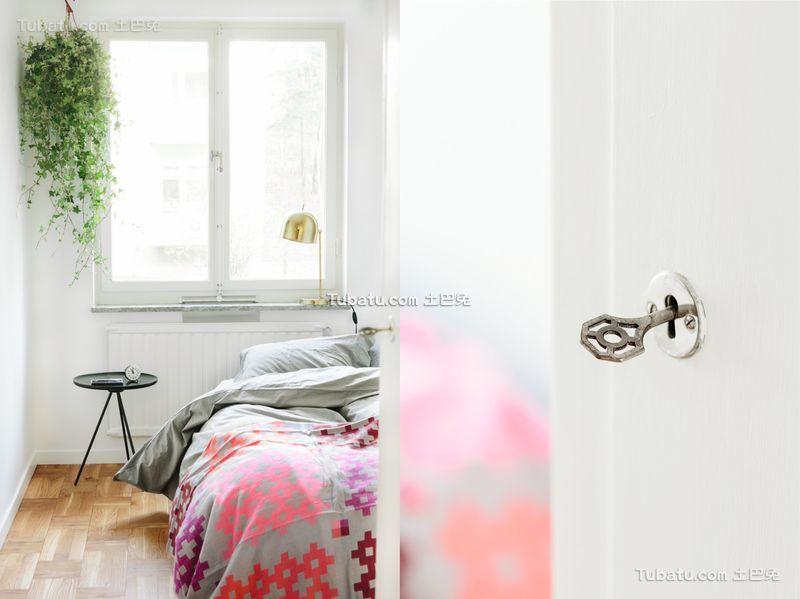 清新简约小户型卧室装修图片
