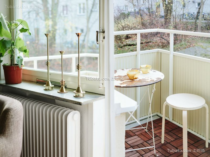 清新简约小户型设计阳台装修图片