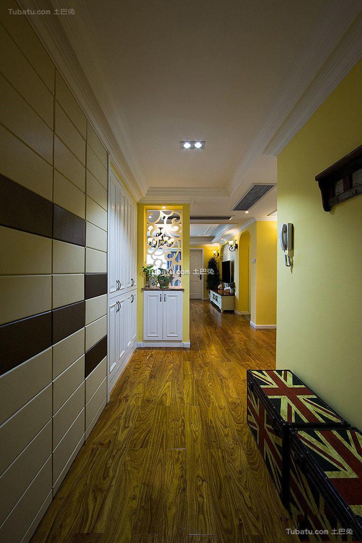 美式风格设计玄关装修效果图片