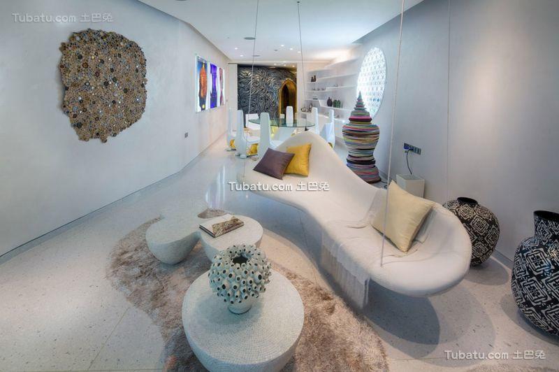 东南亚现代风格别墅客厅设计效果图