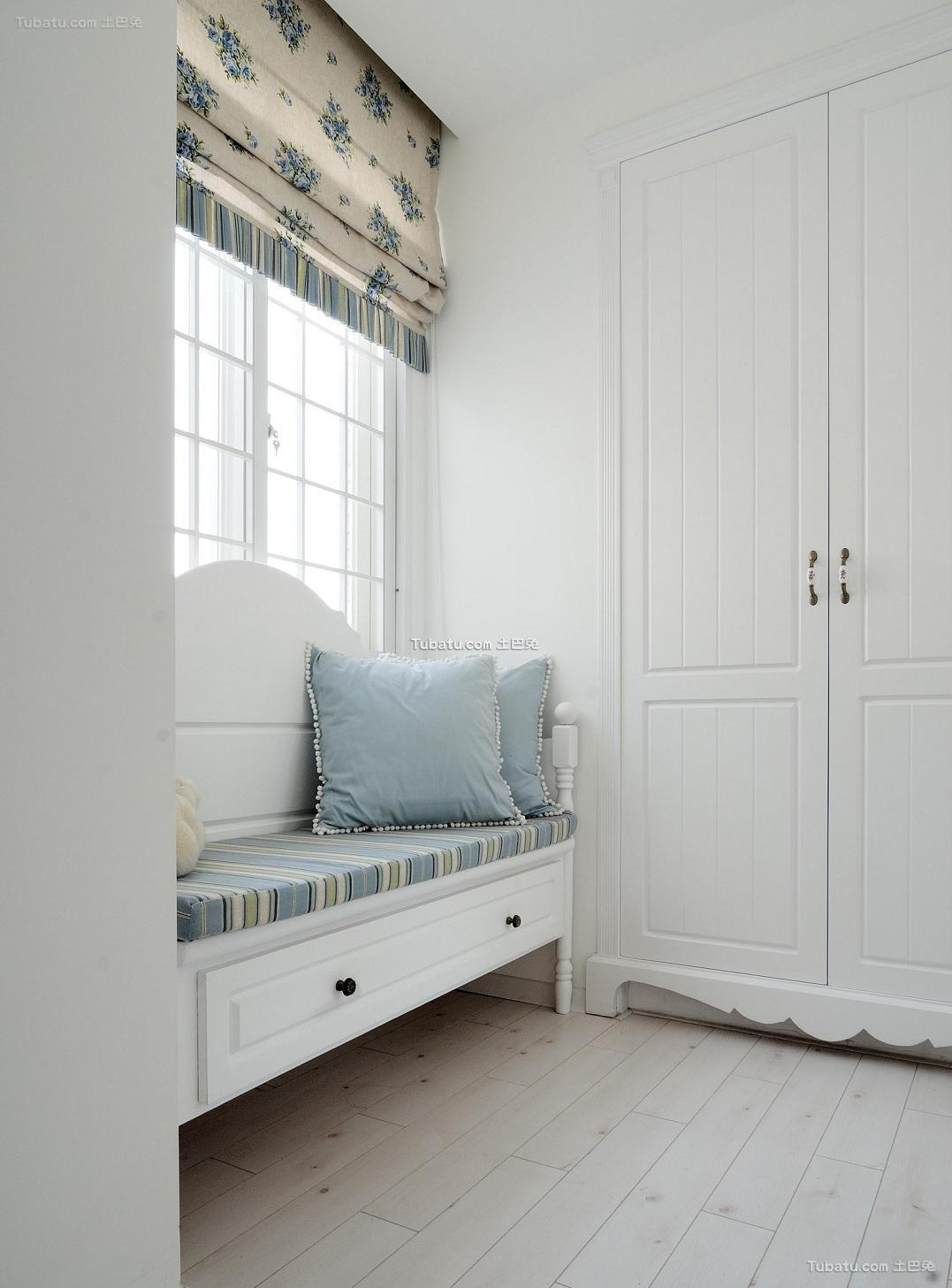 简约复式家装设计飘窗效果图片