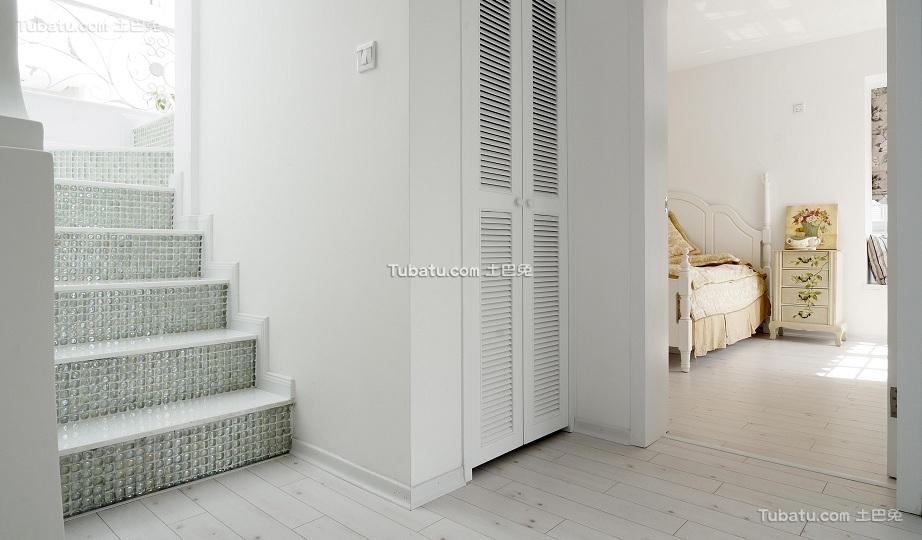 简约复式家装设计楼梯效果图片