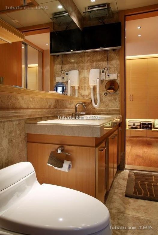 现代简约设计卫生间装饰设计效果图片