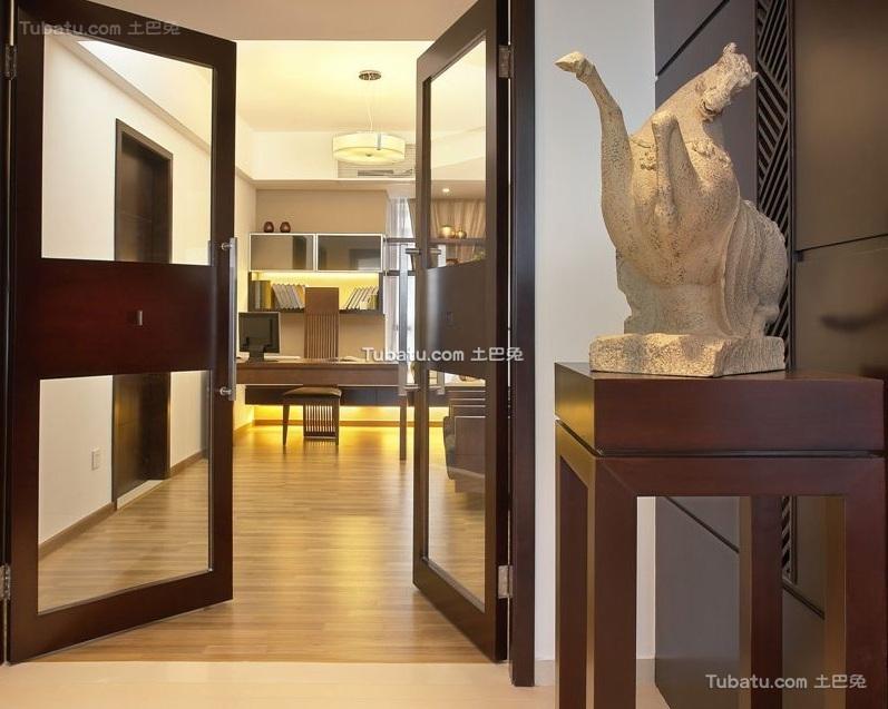 现代中式设计玄关装修效果图片