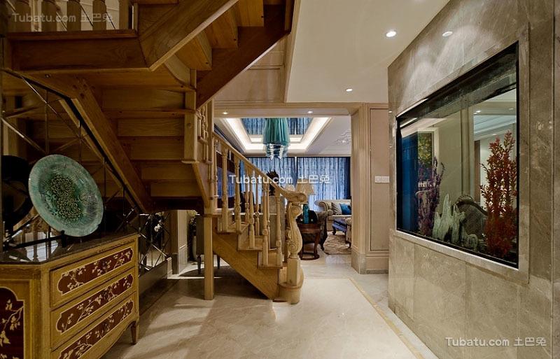 美式风格设计复式实木楼梯图片