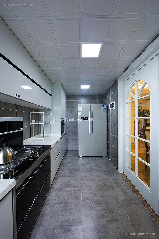 美式现代厨房设计效果图片