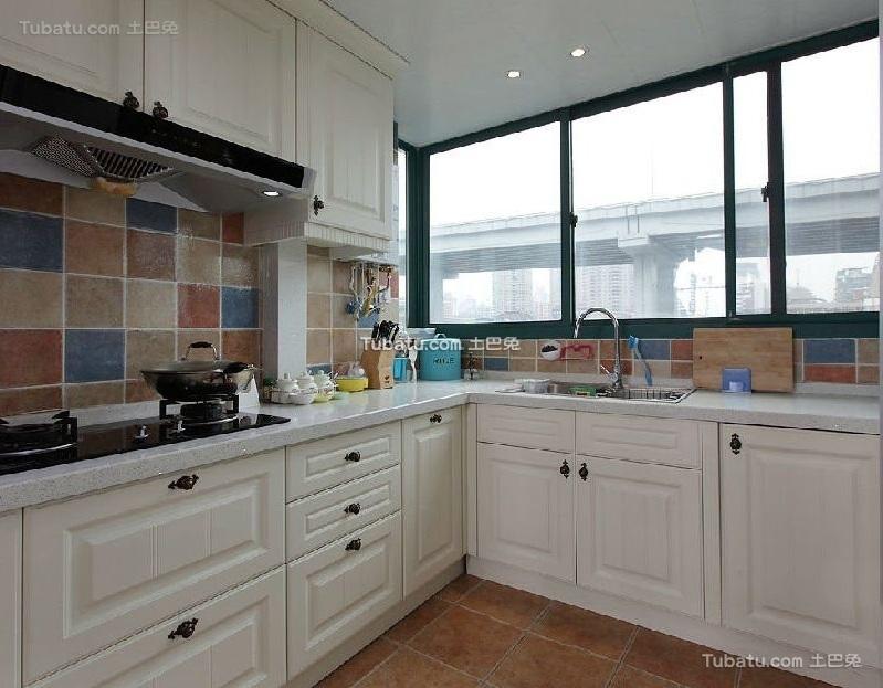 美式风格设计厨房室装修效果图片
