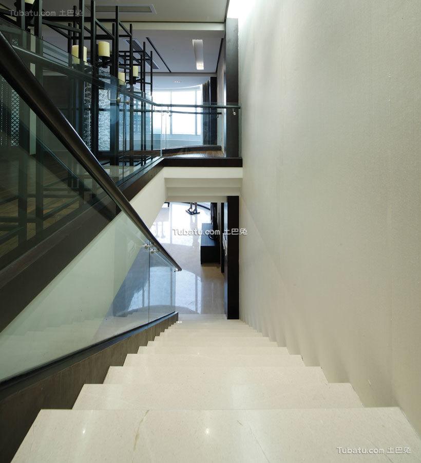 沉稳时尚简中式楼梯