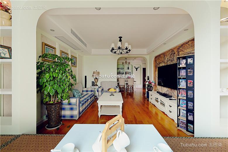 混搭复古美式三居装饰设计
