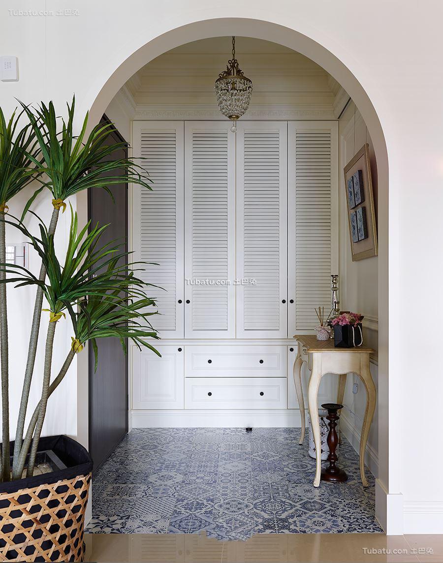 美式古典风格设计玄关装修图片
