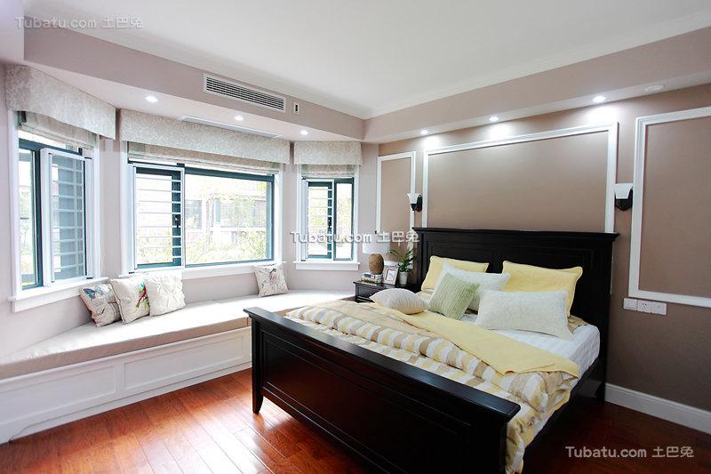 优雅美式卧室装潢设计