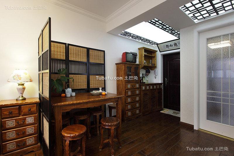中式小户型家居餐厅效果图