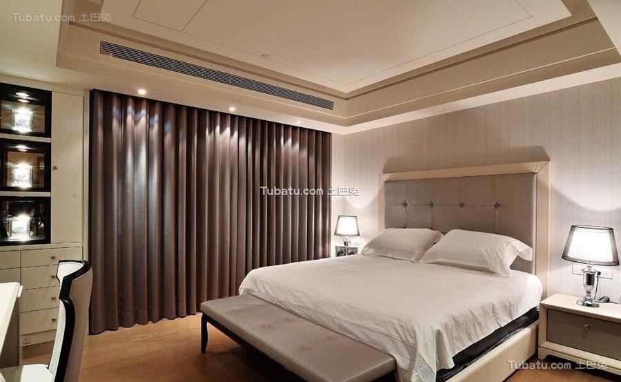 现代温馨原木家居卧室